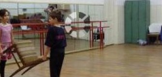 Hot Moves - dans-sportiv in Brasov
