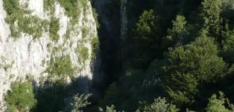 Cheile Crivadiei-Muntii Sureanu - trekking in Petrosani